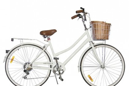 Marie Maude bikes bring the retro cycling era to today. Image via Marie Maude site.