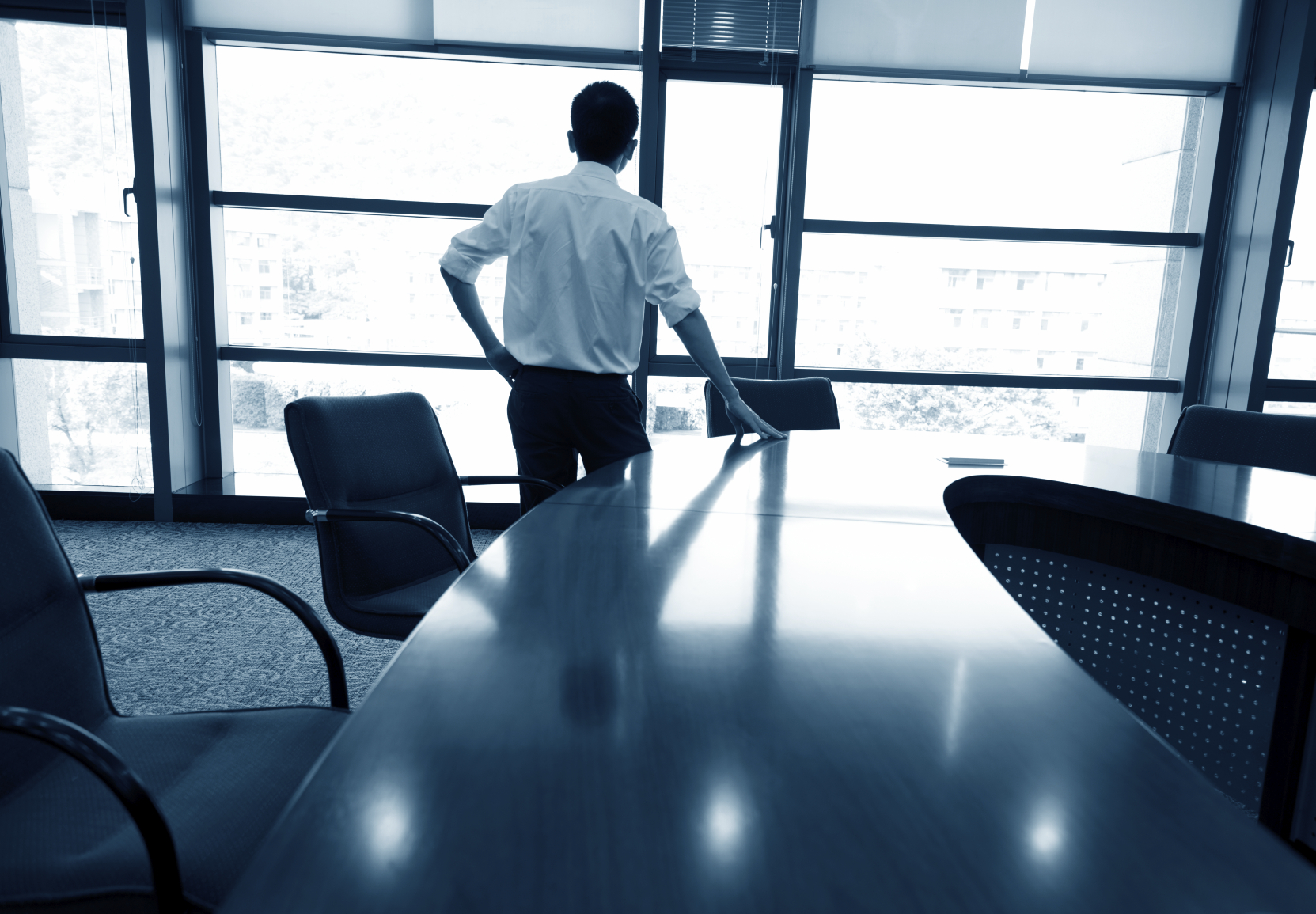 how to get experience working with executives