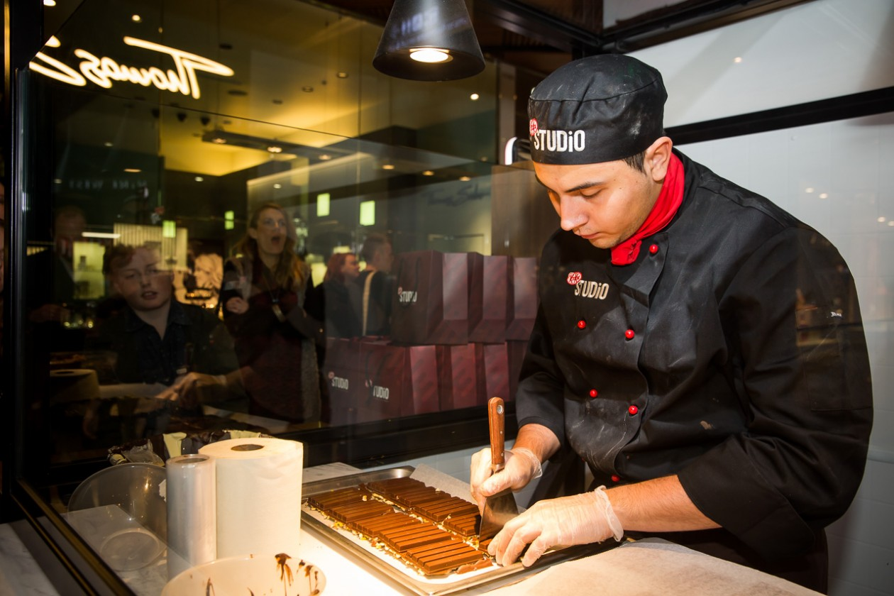 Launch of KIT KAT Concept Store, KIT KAT Studio, with celebrity chef, Anna Polyviou at Westfield Sydney (Pitt Street Mall) on August 5th, 2015. Photo credit: Anna Kucera