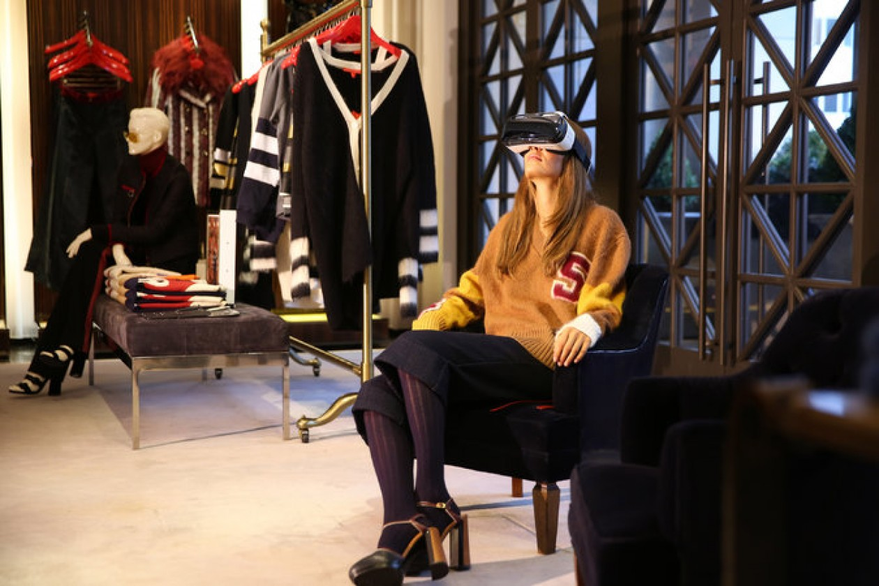 b8d421784dd Tommy Hilfiger Introduces In-Store Virtual Reality Experience - B T