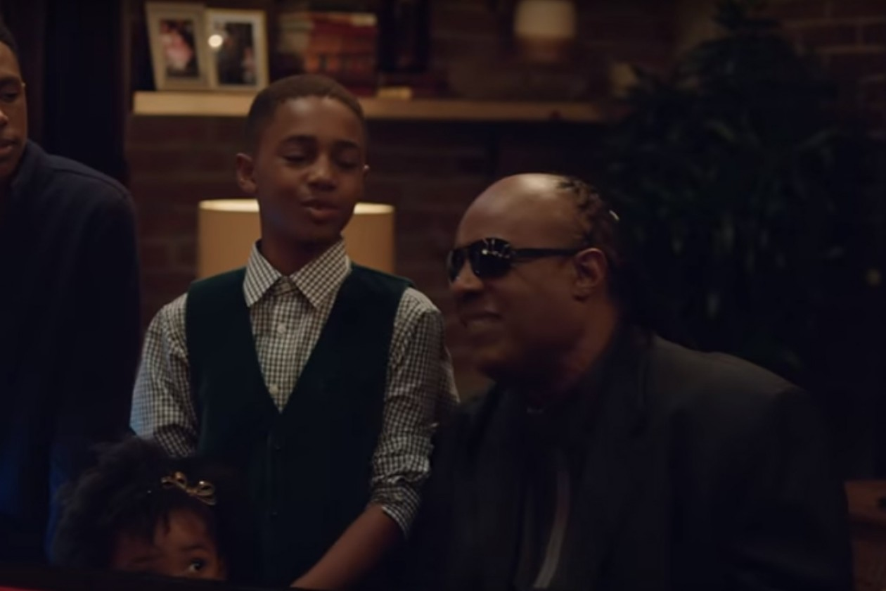 Ridiculously Talented Stevie Wonder And Andra Day Feature In ...