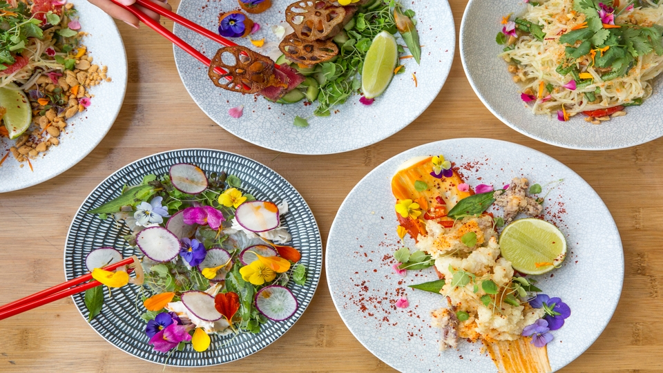 Ubereats bites into sydney food delivery competition bt ubereats bites into sydney food delivery competition forumfinder Image collections