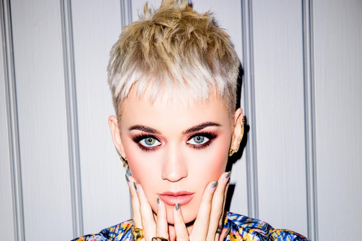 "7caf78de4c0 Nine & Seven Caught Falsely Spruiking Singer Katy Perry's ""Live"" TV  Appearances"