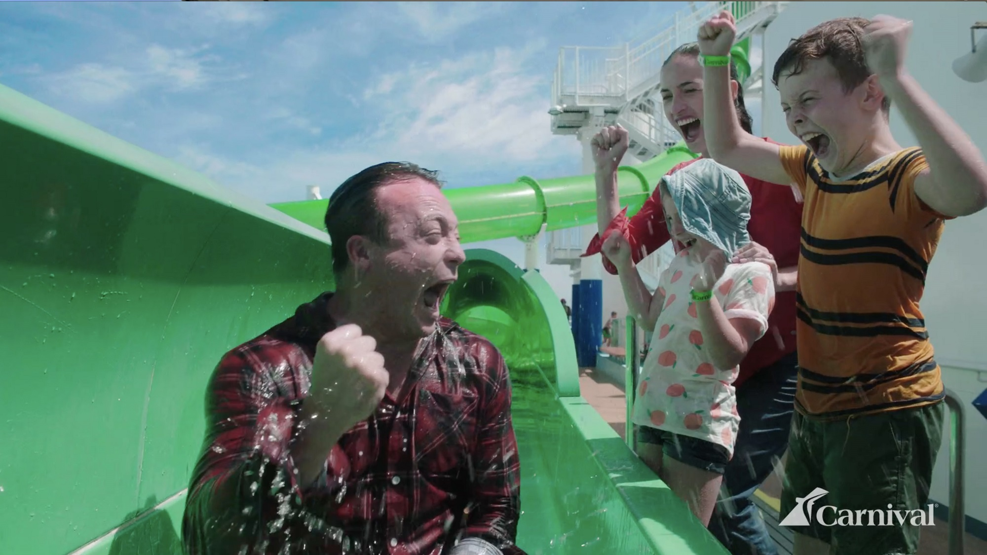 Magic Green Thunder waterslide (Carnival Cruise Line campaign) [3]