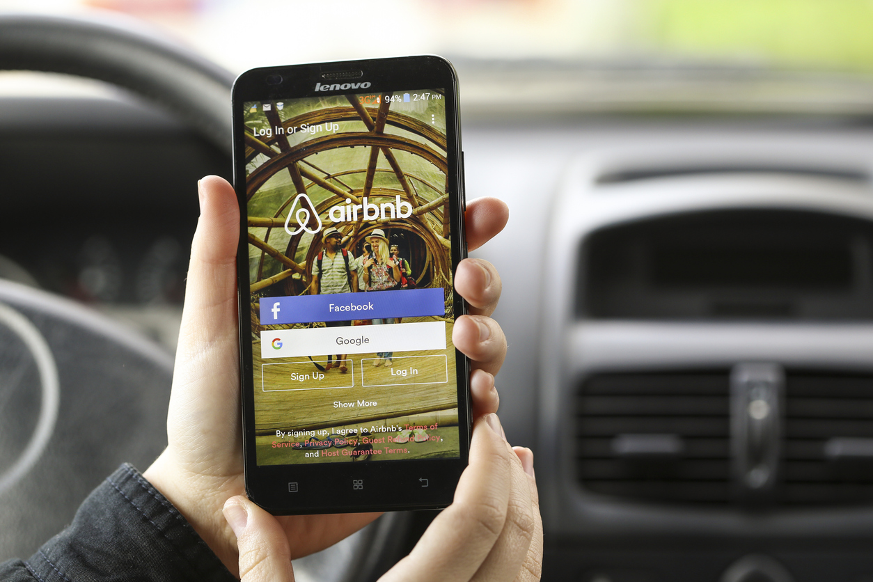 "11 Key Takeaways From ""Airbnb: The Growth Strategy Of A $35 Billion Business"""