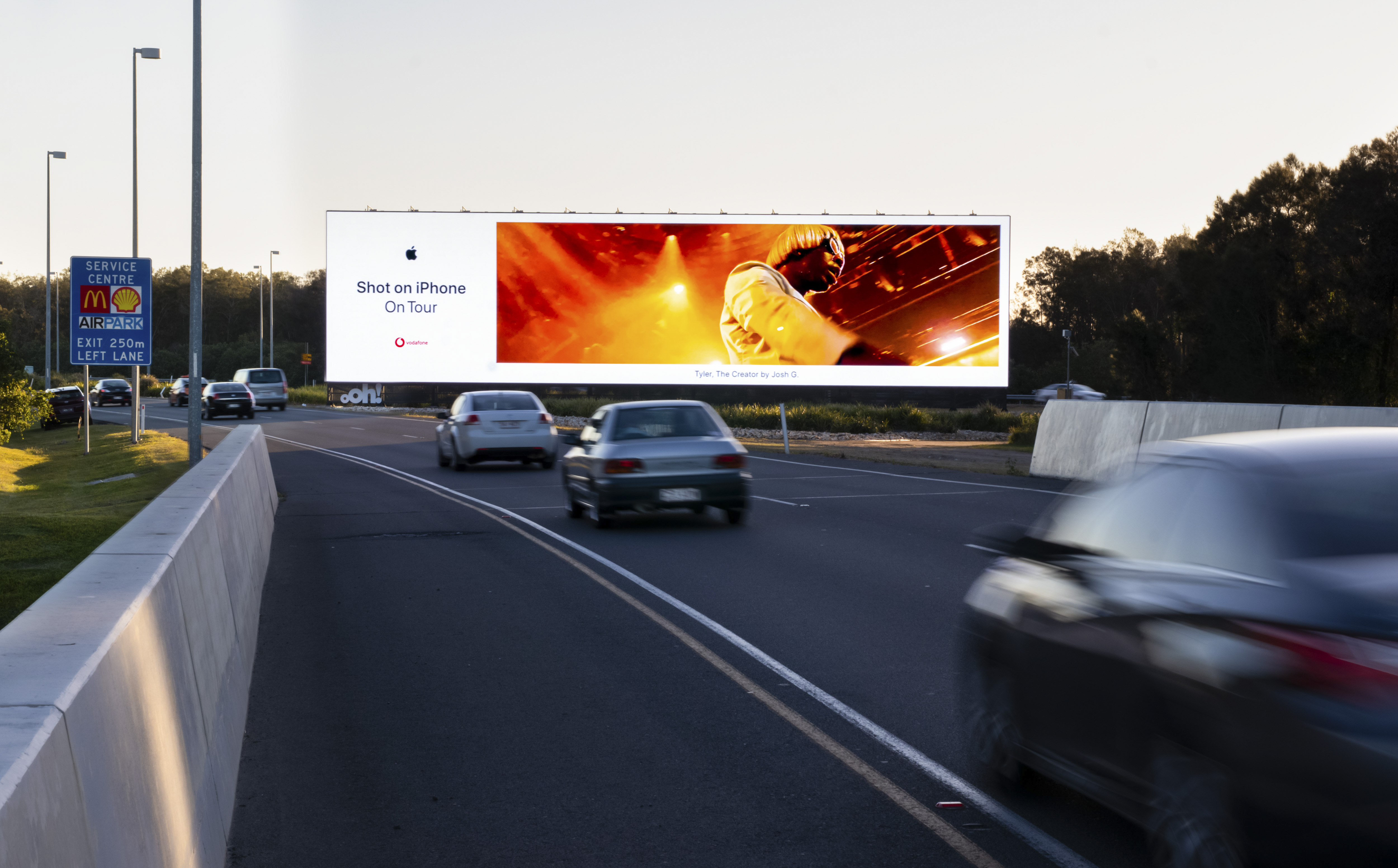 Largest Digital Billboard In Southern Hemisphere Lands At Brissy Airport