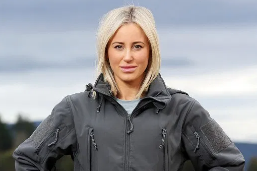 """F@ckwit Keyboard Warriors!"" Roxy Slams Trollers After Abrupt SAS Australia Exit"